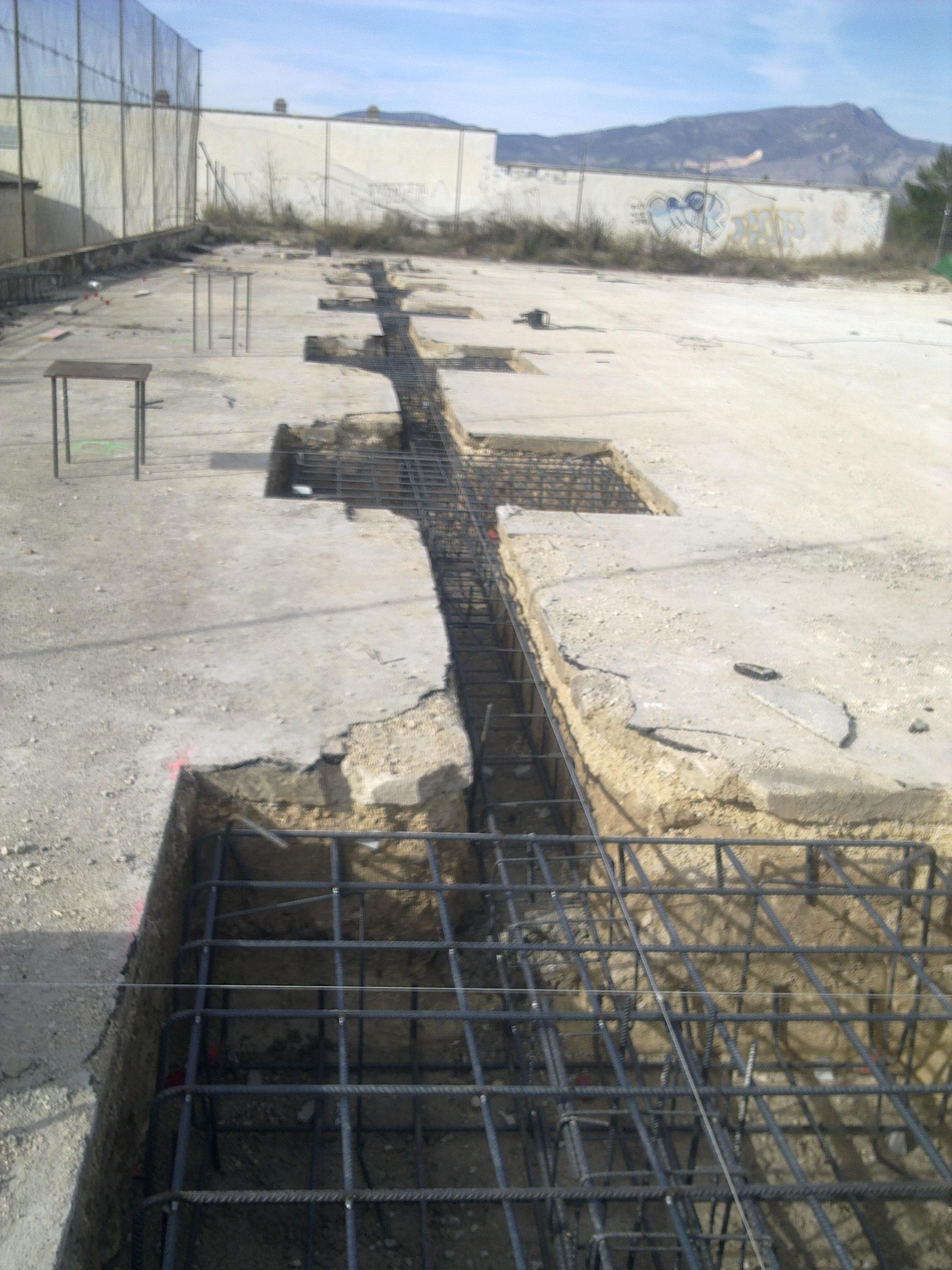 Construcci n integral de nave industrial en benilloba - Fachada hormigon in situ ...